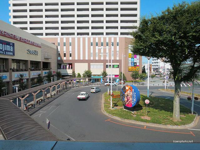 鴻巣市駅前